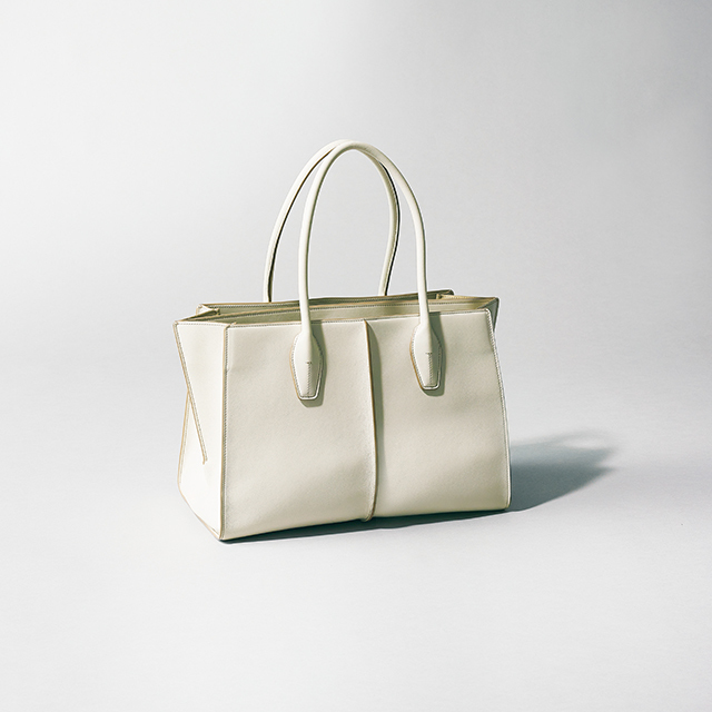 TOD'S(トッズ) 「ホリー」