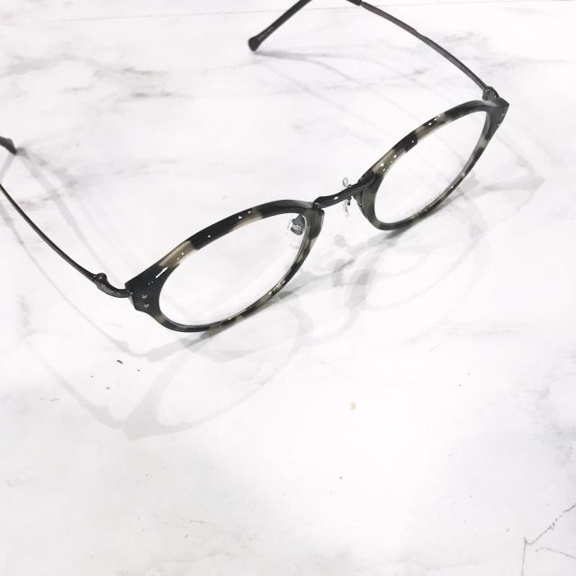 正しいメガネの選び方_1_1