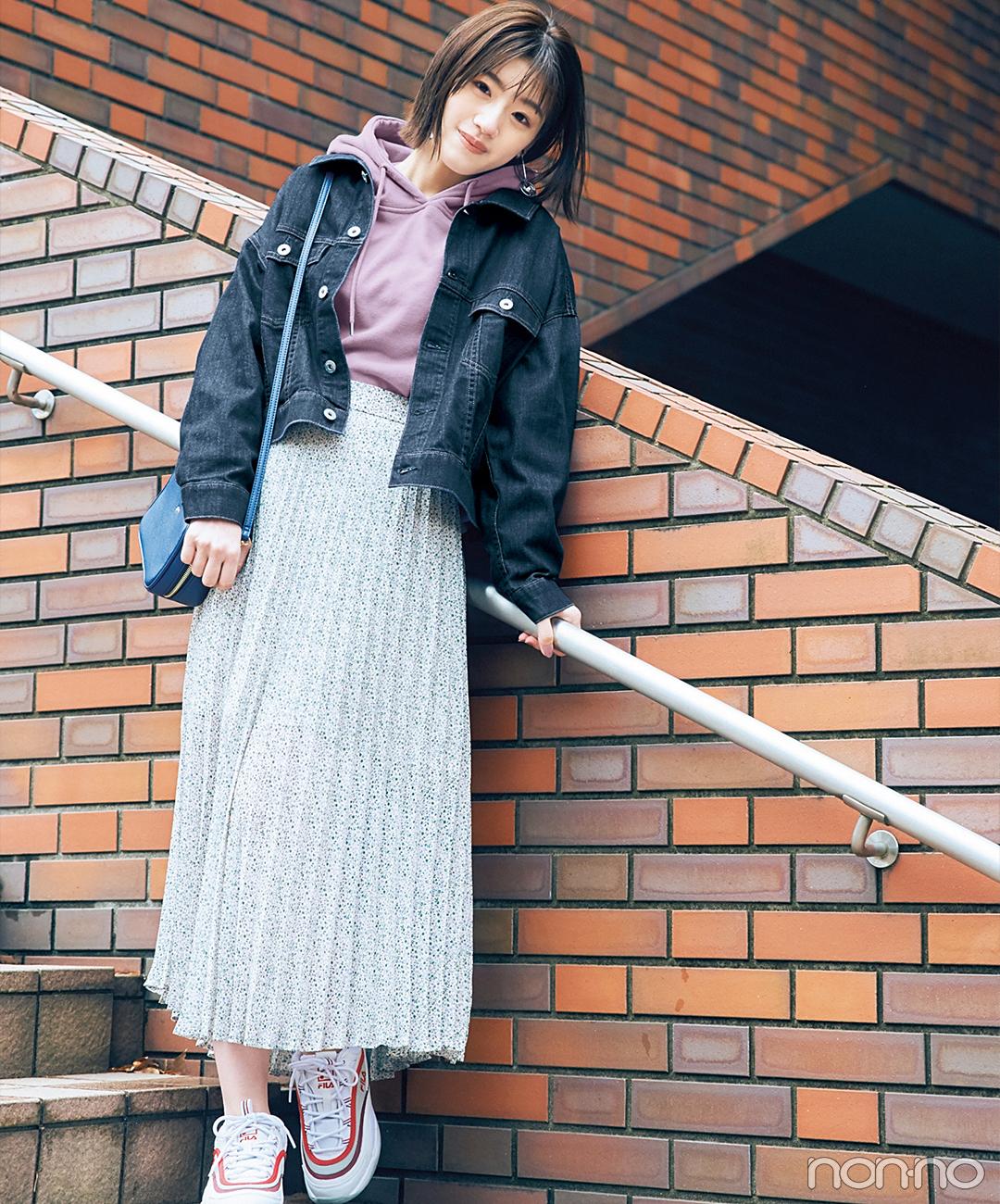 【花柄スカートコーデ】透け花柄のプリーツスカート