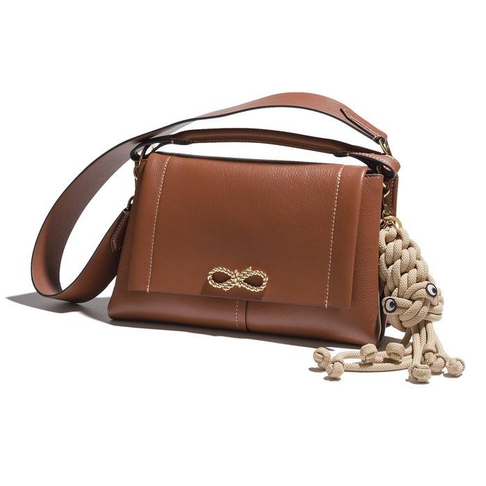 ファッション アニヤ・ハインドマーチのバッグ