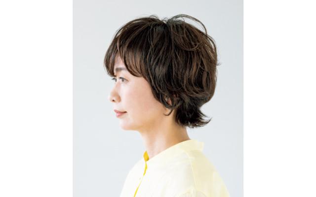 トップ・前髪・毛先をカットで動かして立体感を演出 サイド