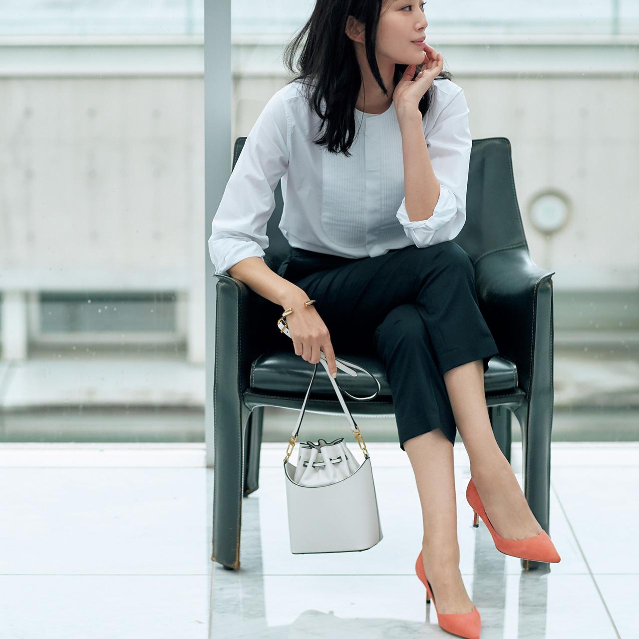 美色スエードパンプス&ビジュー靴で、春の足元印象をバージョンアップ 五選_1_1-3