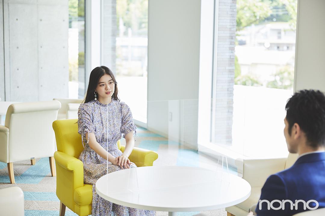 紺野彩夏が日本文化大學の大友准教授に詳しくインタビュー