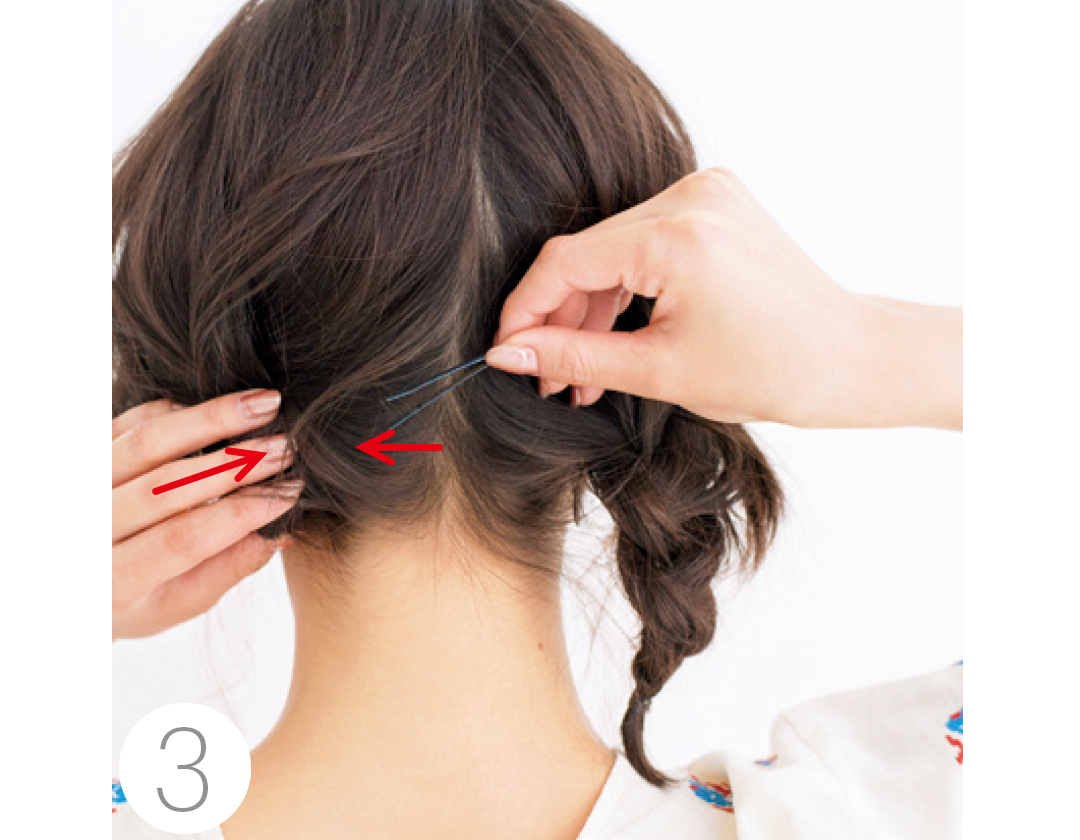 夏の小顔ヘアアレンジ★前髪と触角まわりでひし形を作る!_1_3-3