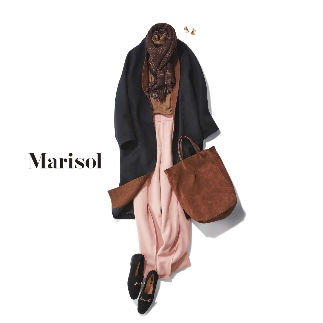 40代ファッション 黒コート×ピンクパンツ×ブラウンストールコーデ