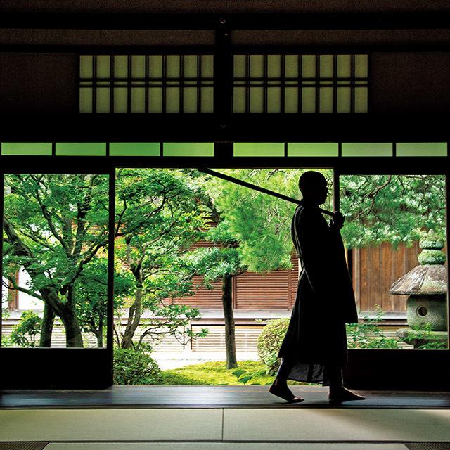 実際にオンラインを通じ禅の体験ができるのが、臨済宗大本山「妙心寺」