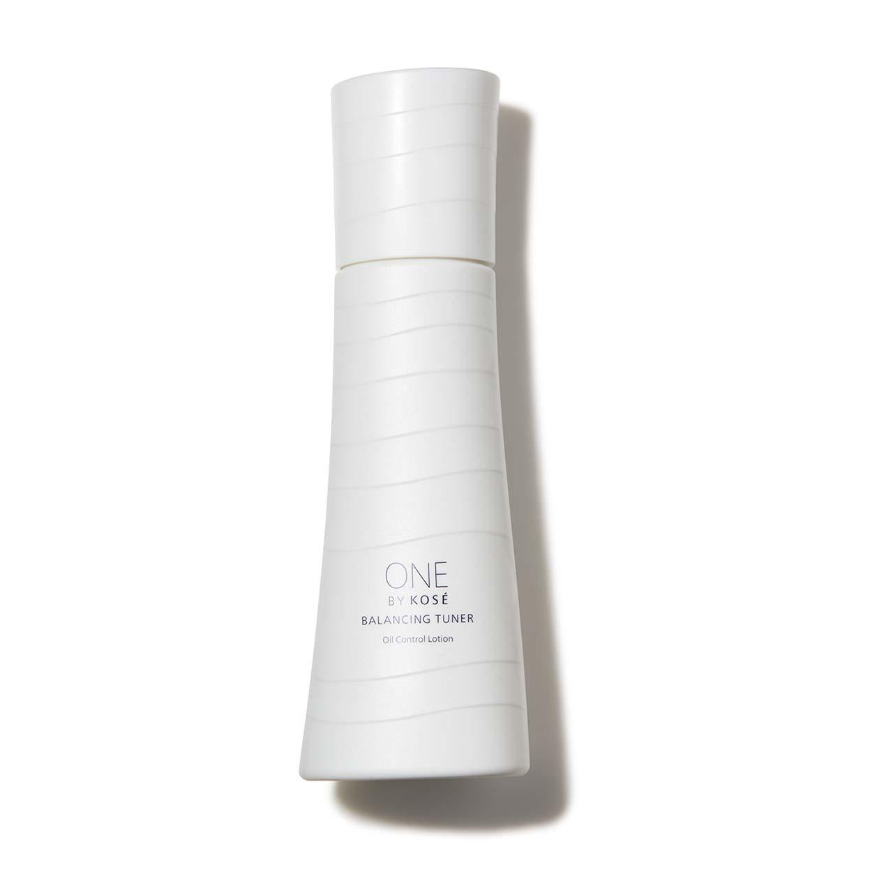 ONE BY KOSÉ バランシング チューナー(医薬部外品)120㎖¥4,500(編集部調べ)/コーセー