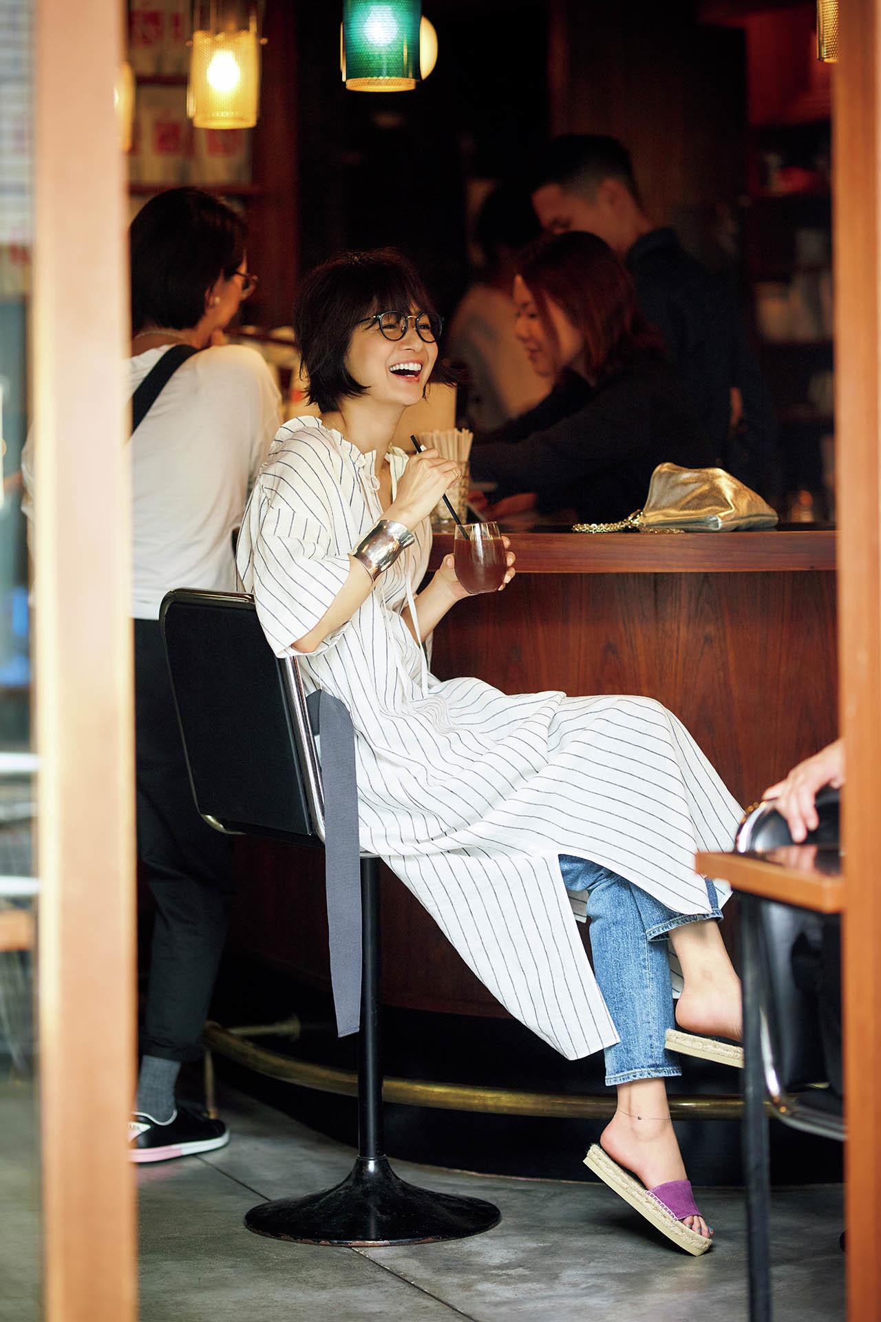 富岡佳子、夏の私服全部見せます! 五選_1_1-4