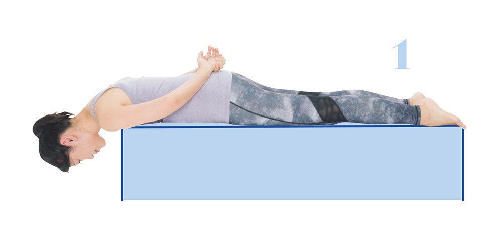 首の後ろの筋肉を強化する1:頭起こしのエクササイズ1