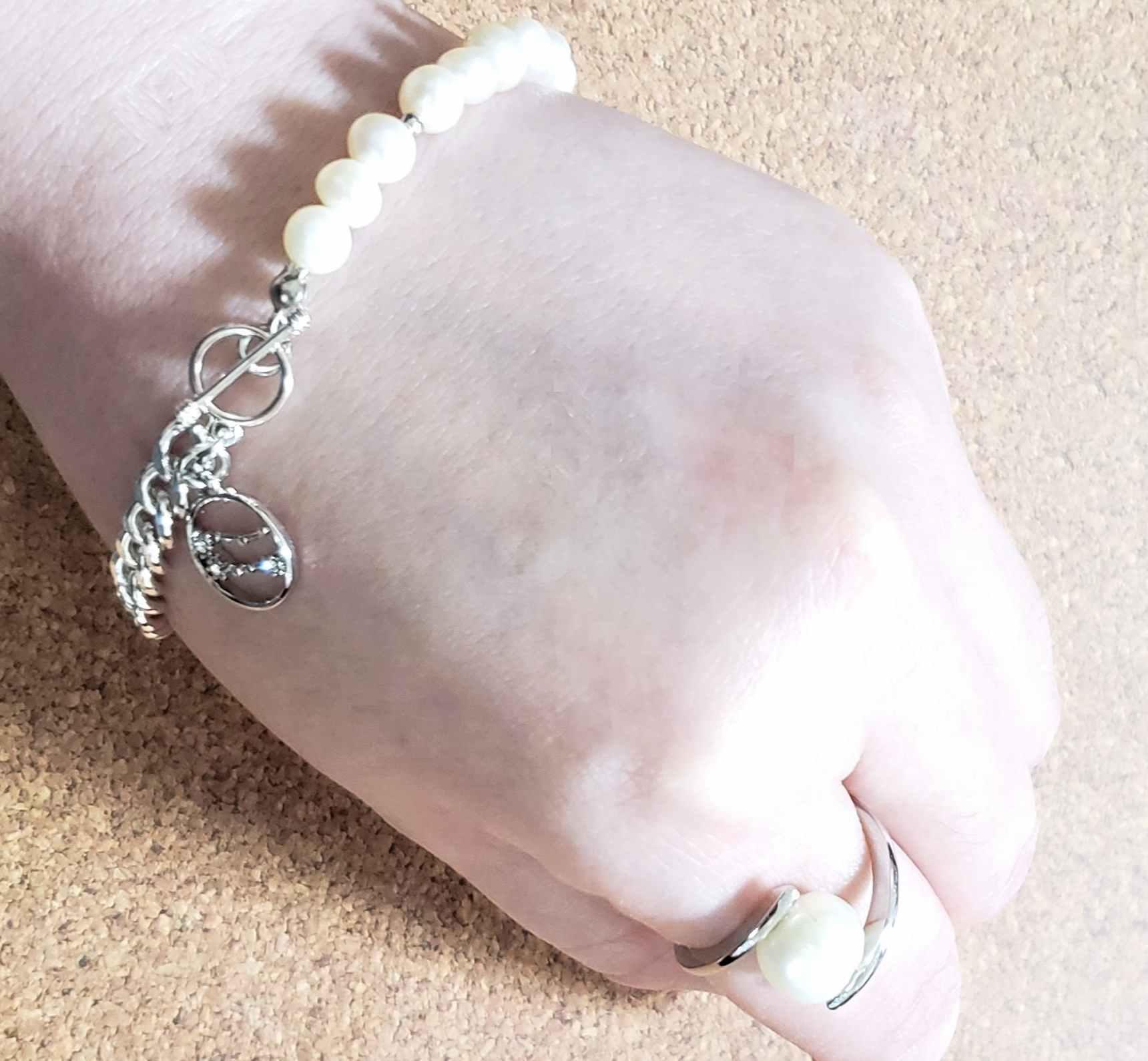 ブレスレットと指輪