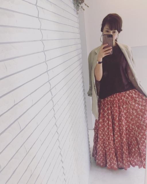 秋も活躍させる!このロングスカートどう着まわす?_1_1-1