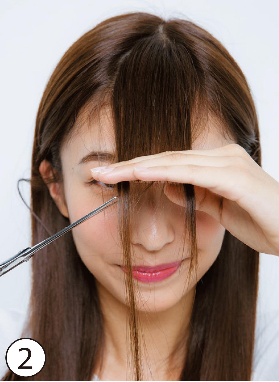 顔型別・前髪セルフカットで小顔! 切り方&スタイリング術も伝授♪_1_10-2