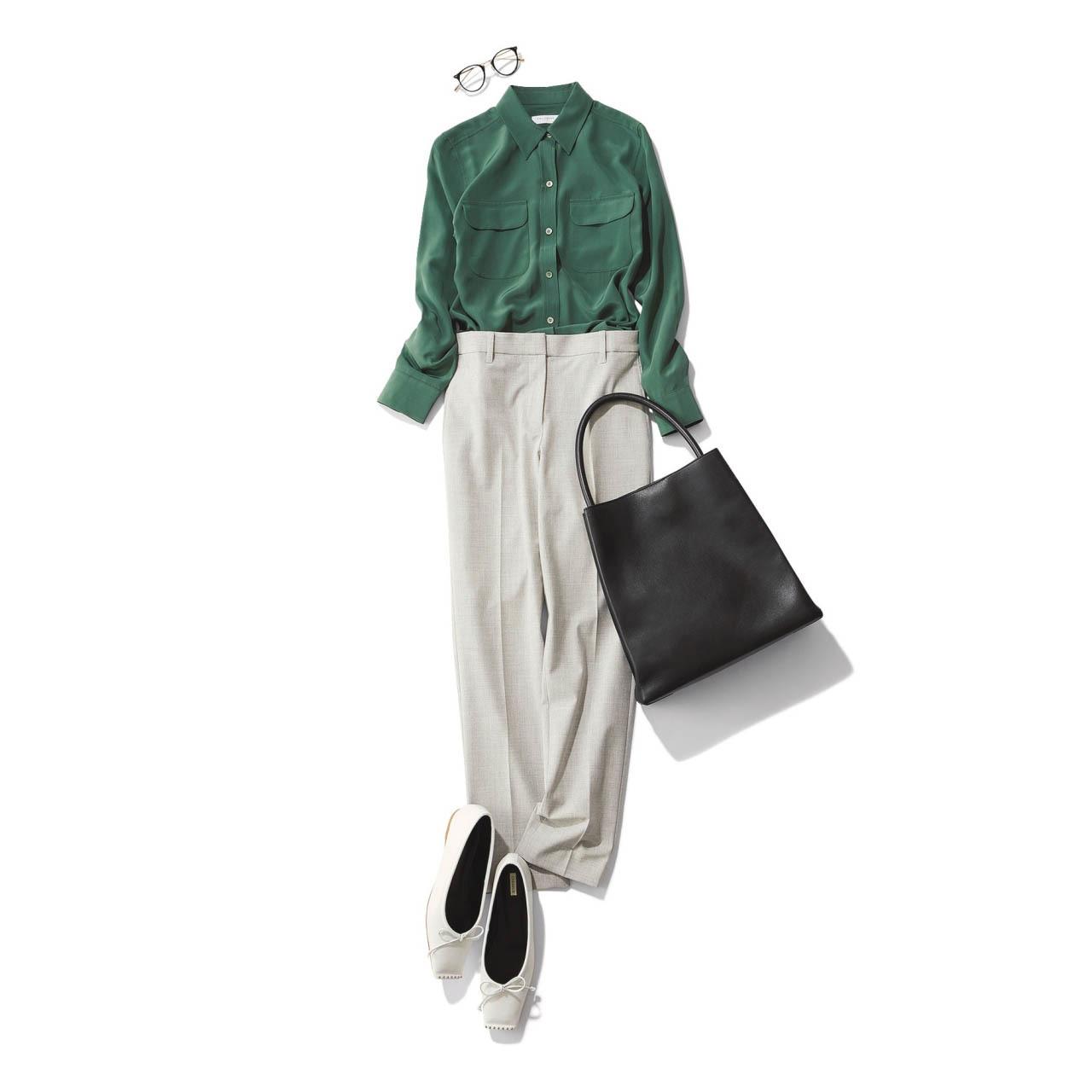 ■グリーンのシャツ×グレーのパンツコーデ