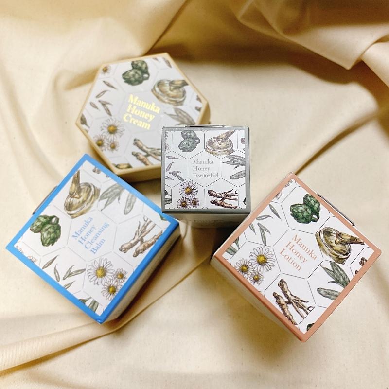 山田養蜂場のマヌカハニーシリーズは外箱も可愛い!