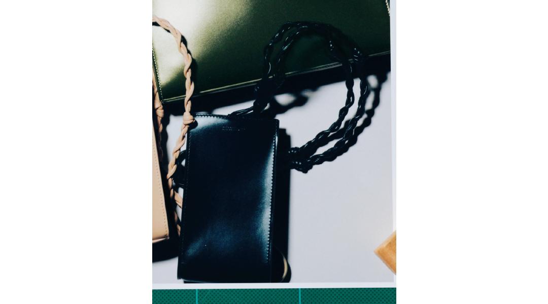 """ジル サンダーのアイコン、""""タングル""""バッグの新色は? 【Fashion Scoop!】_1_3"""