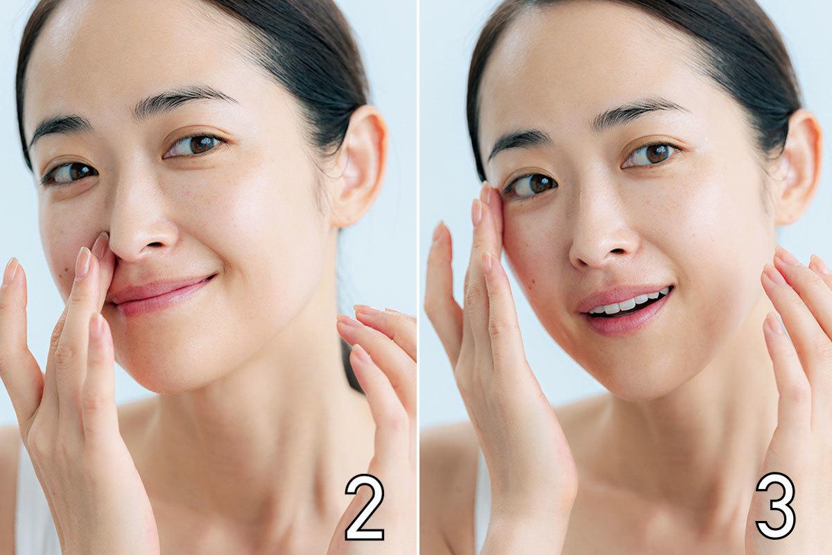 小鼻まわりや目もと、口まわりなど細かい部分は、指先を使って、下地をきちんとフィットさせる