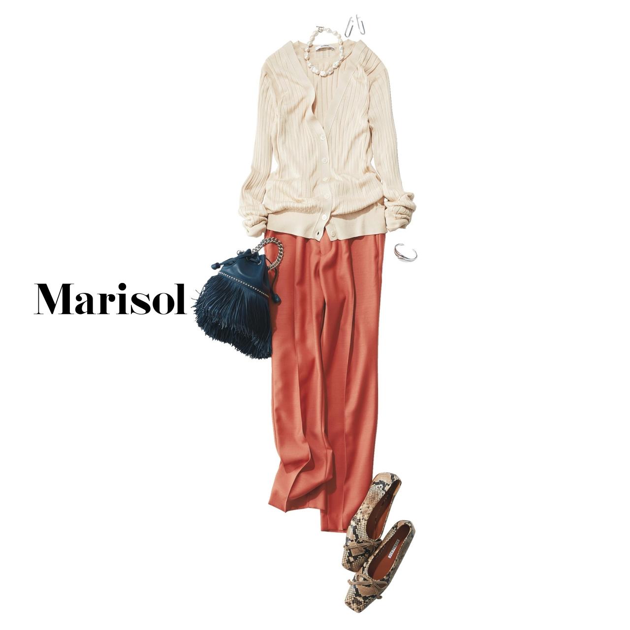 40代ファッション アンサンブルニット×カラーパンツコーデ