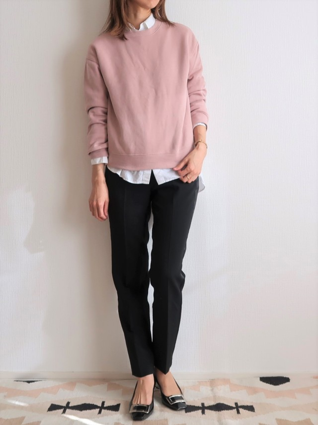 GU990円!くすみピンクで春まで着られる大人スウェットコーデにトライ_1_3