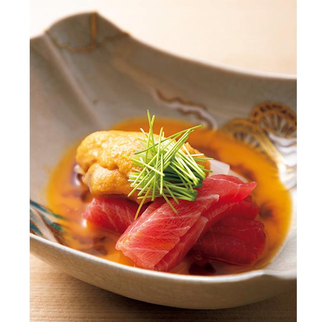 京都の二条にある和食レストラン「二条 やま岸」のういと和え