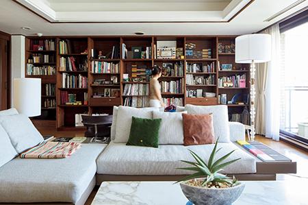 新たな発想が生まれる空間 中山まりこさんの人生最高に「好き」な家 五選_1_2-2