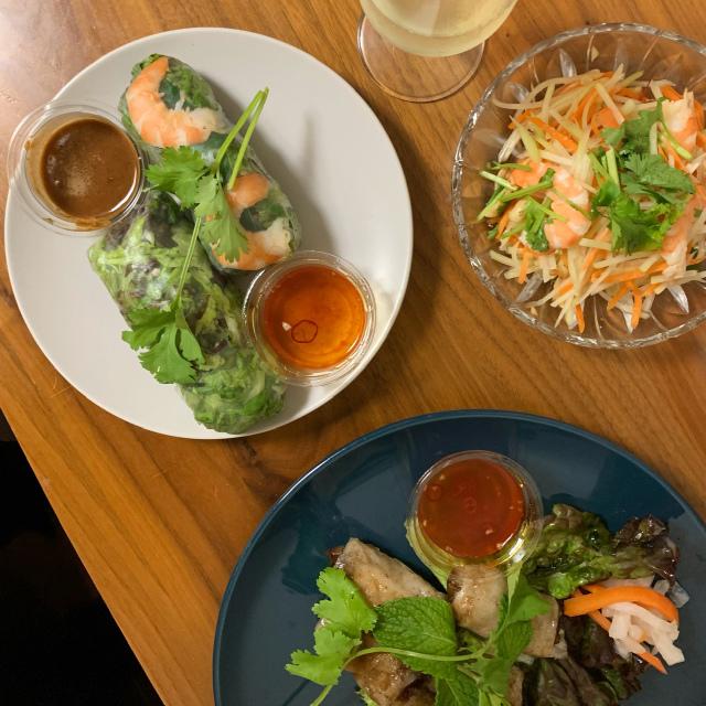 ビブグルマン獲得の代々木公園の大人気ベトナム料理店ヨヨナムで、ディナーセットをテイクアウトしてみました!_1_2