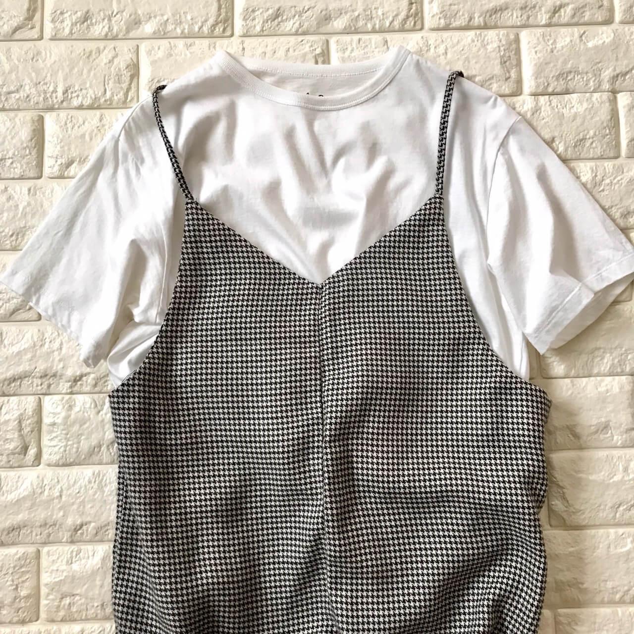 アメリカンホリックサロペットとTシャツ