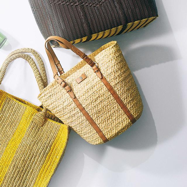 かご素材のマーケットバッグ ¥40,000/ヘレンカミンスキー ギンザシックス店(ヘレンカミンスキー)