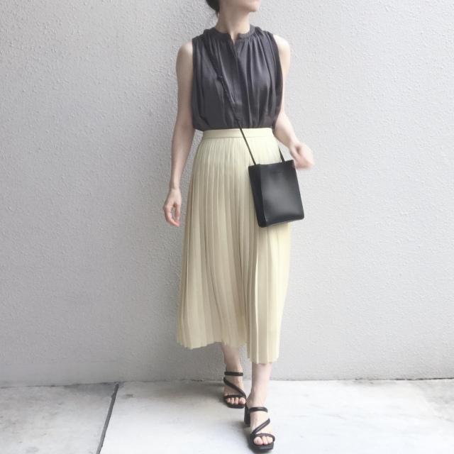 【ユニクロ】定価でも迷わず買った新色のプリーツスカート_1_7