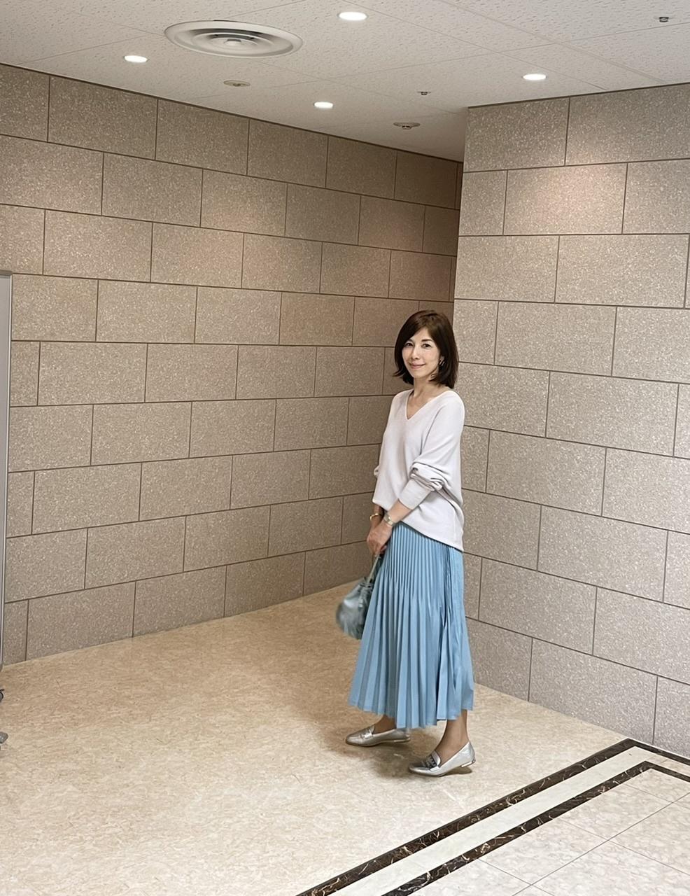 プリーツスカートは艶感がおすすめ_1_1