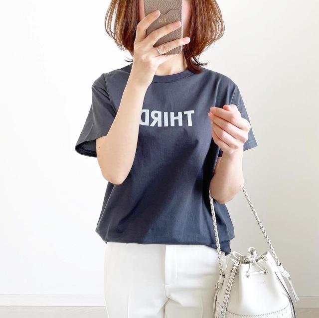 別注!限定ロゴTシャツで春先取りスタイル【tomomiyuコーデ】_1_1