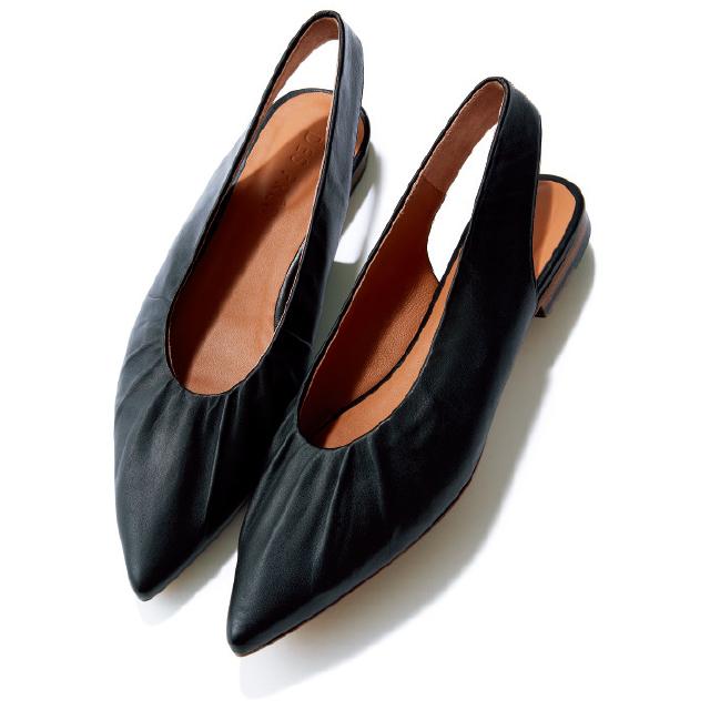 【50代の2020春靴まとめ】ヒールなしでも脚すっきり!ポインテッド&フラット靴のススメ_1_8