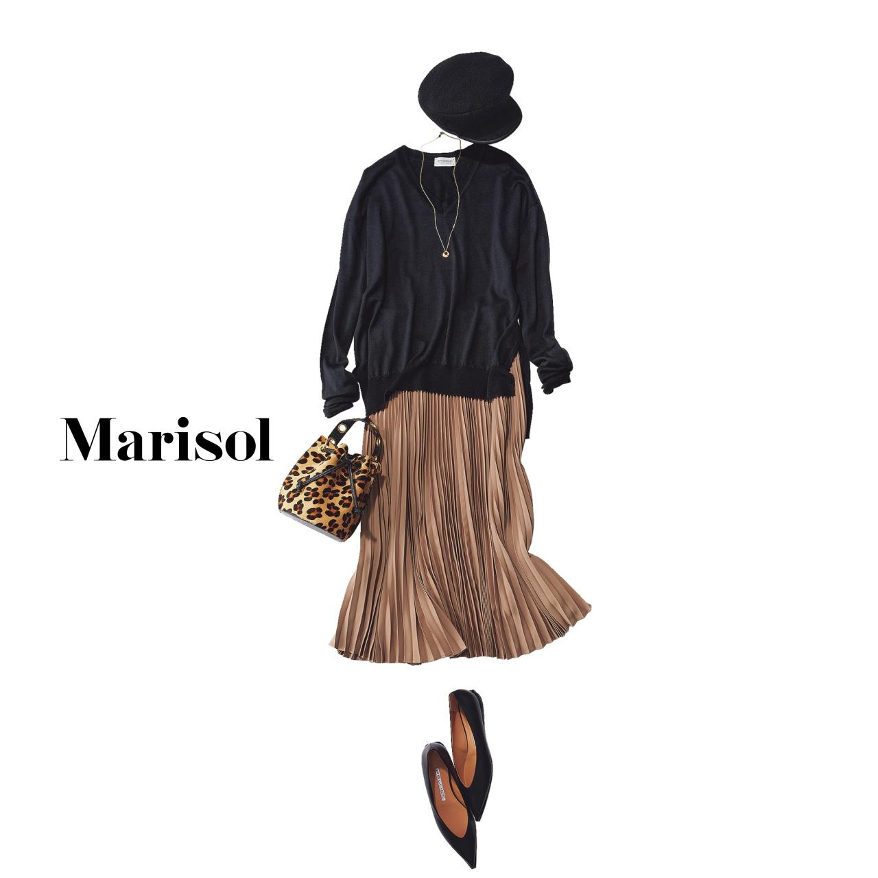40代ファッション 黒ニット×ベージュプリーツコーデ