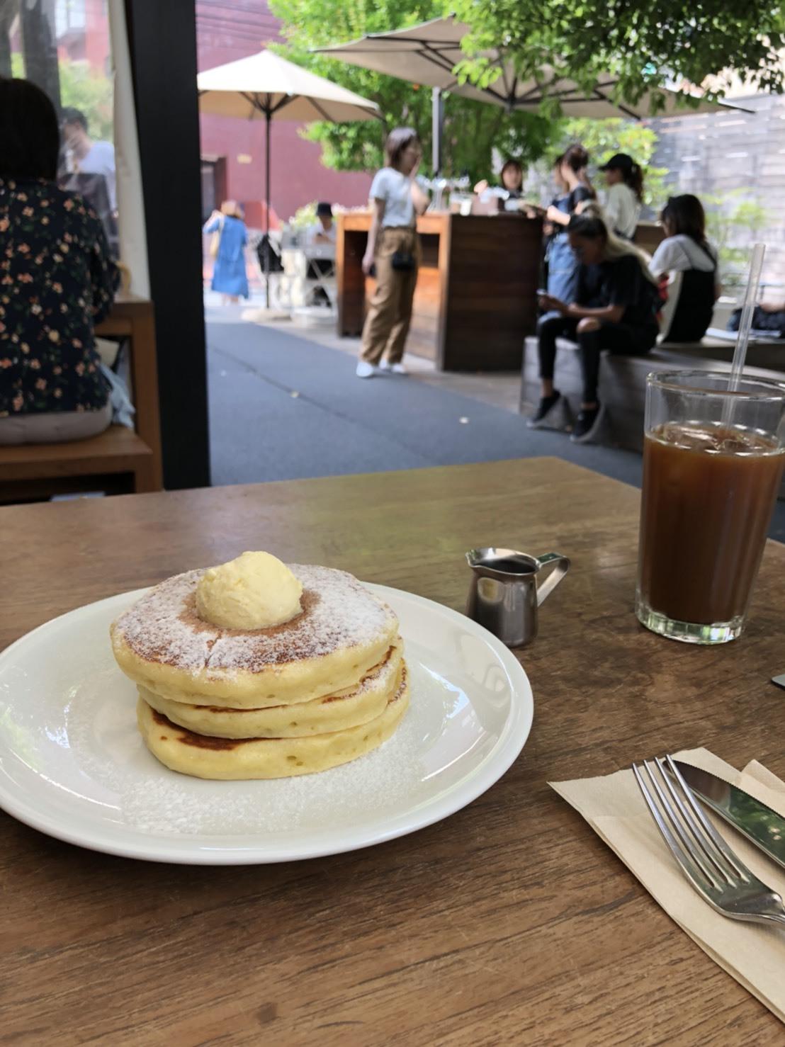 テラスでゆっくりパンケーキ♡_1_1