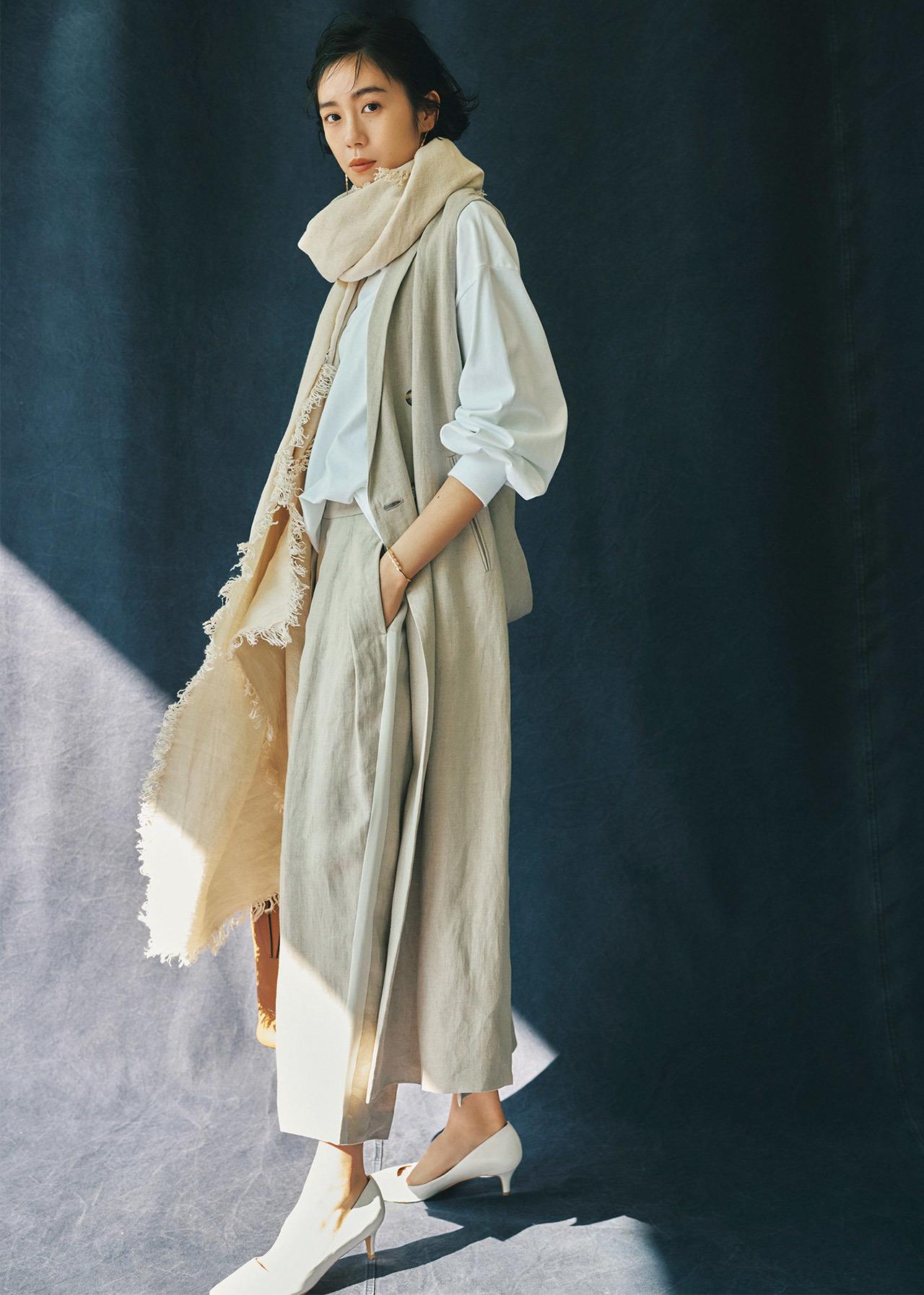 ロングジレ×パンツのセットアップコーデ