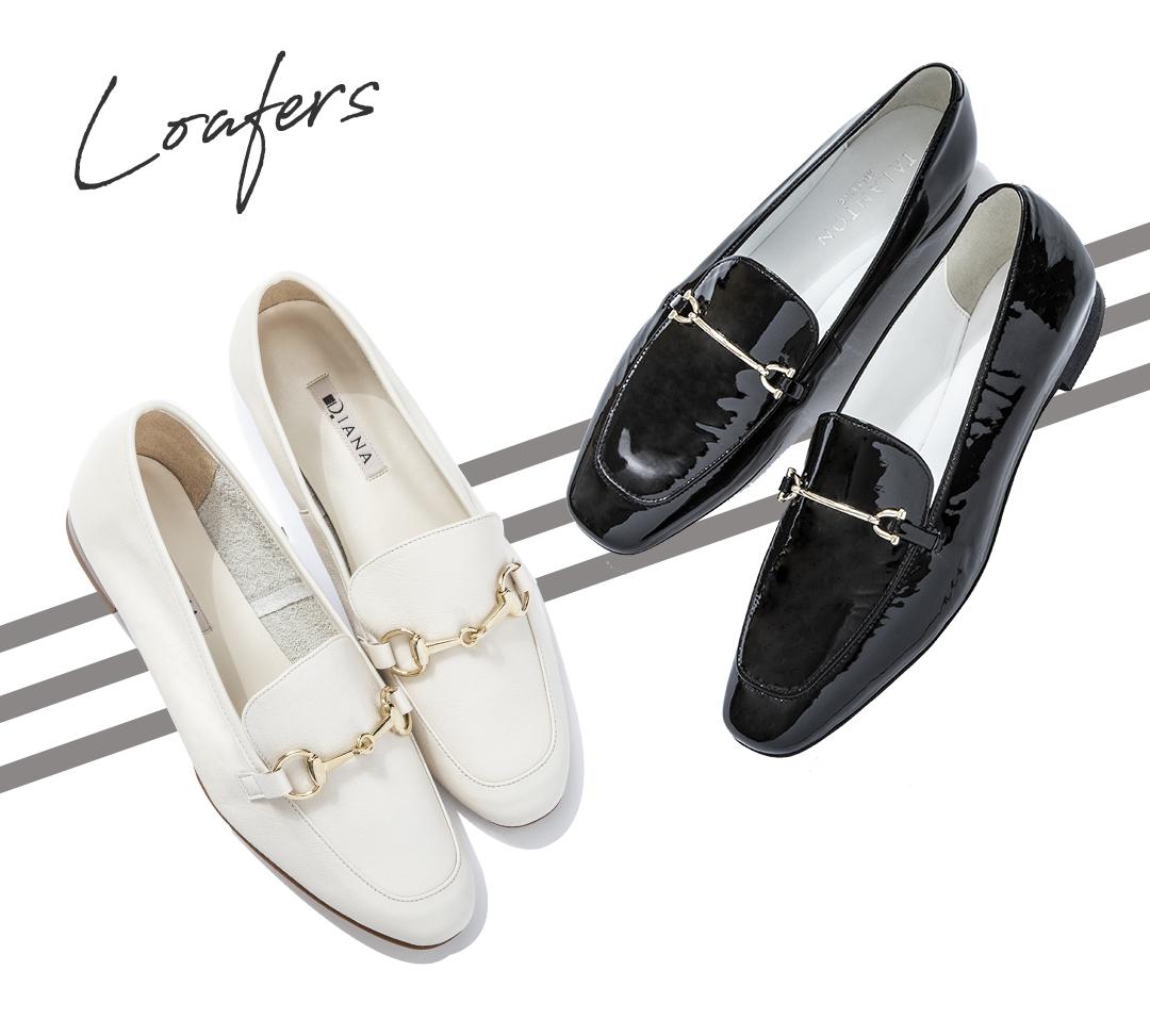 (右)足元に抜け感の出る軽やかな白。カラーコーデに合わせたい。  靴¥13500/ダイアナ 銀座本店(ダイアナ)  (左)ツヤのあるローファーで、着こなしにポイントが。スクエアトゥも今季のトレンド。  靴¥19000/ダイアナ 銀座本店(タラントン by ダイアナ)