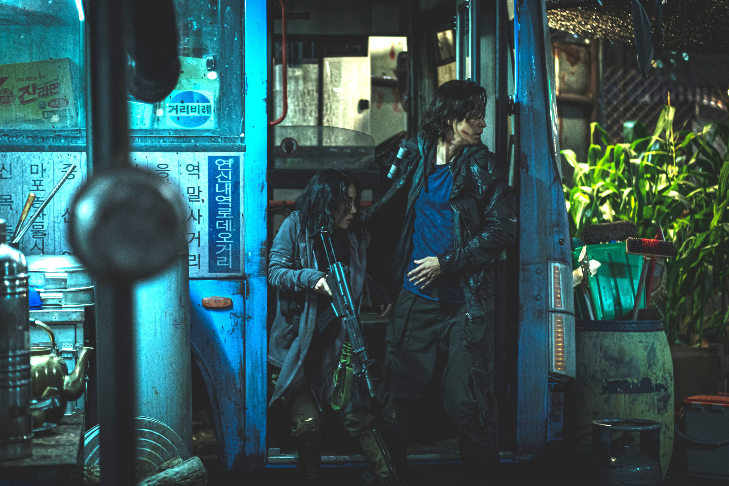 話題作『新感染半島 ファイナル・ステージ』のヒーロー、カン・ドンウォンさん降臨_1_4-4