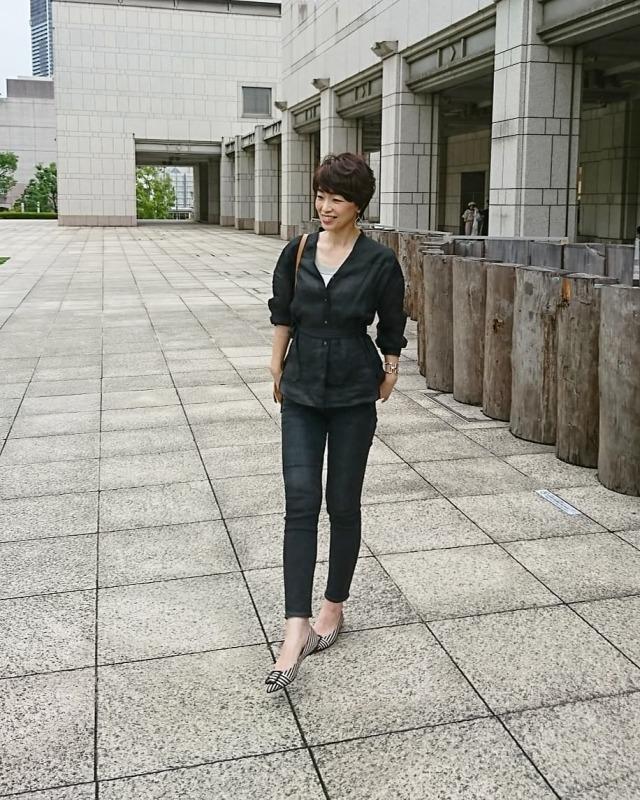 夏の黒は、大人な黒!黒のリネンシャツを素敵に☆_1_3