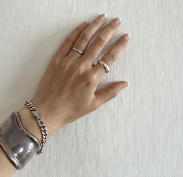 一枚で決まるオールインワンの魅力と二の腕について【40代 私のクローゼット】_1_5