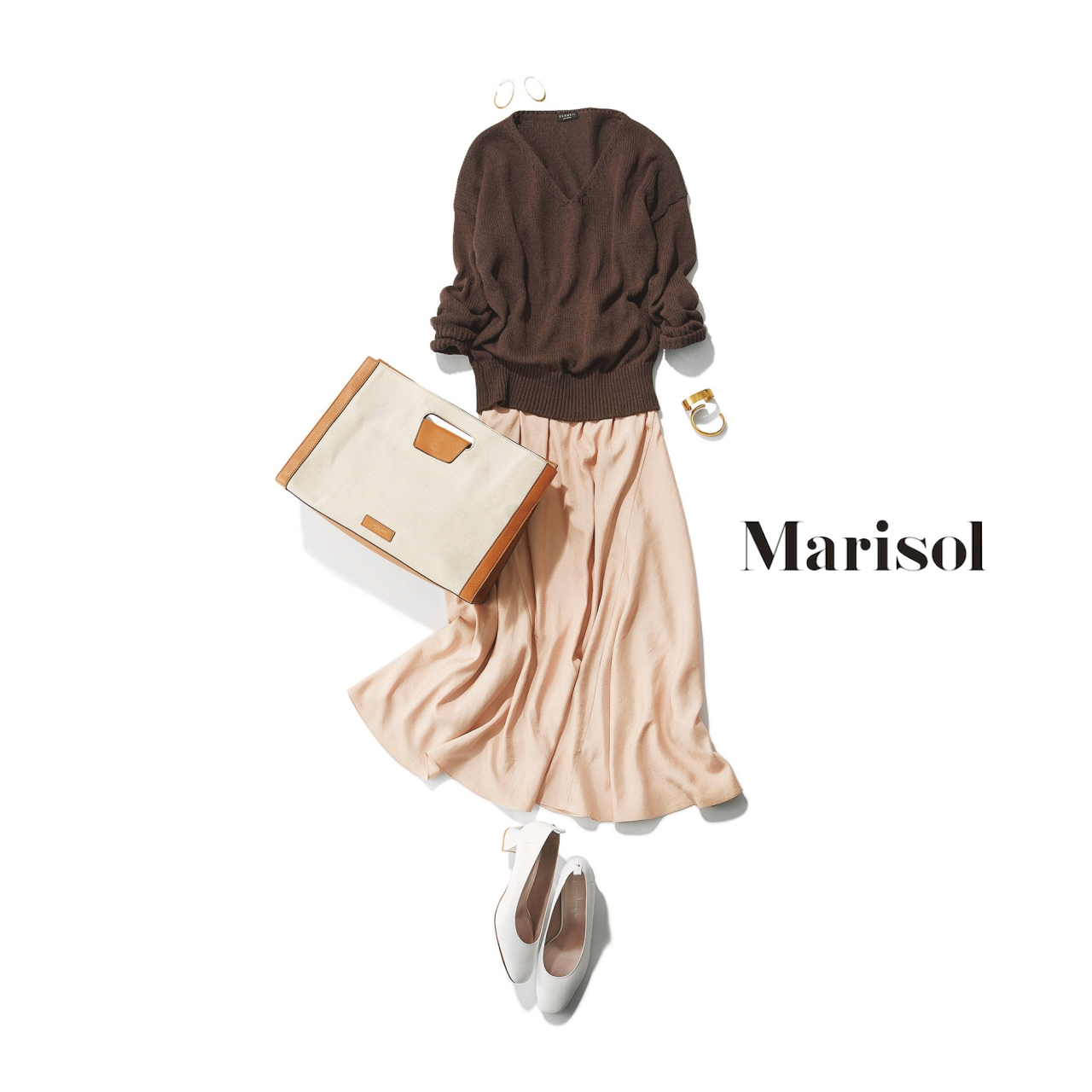 40代ファッション ブラウンニット×洗えるシルク調スカートコーデ