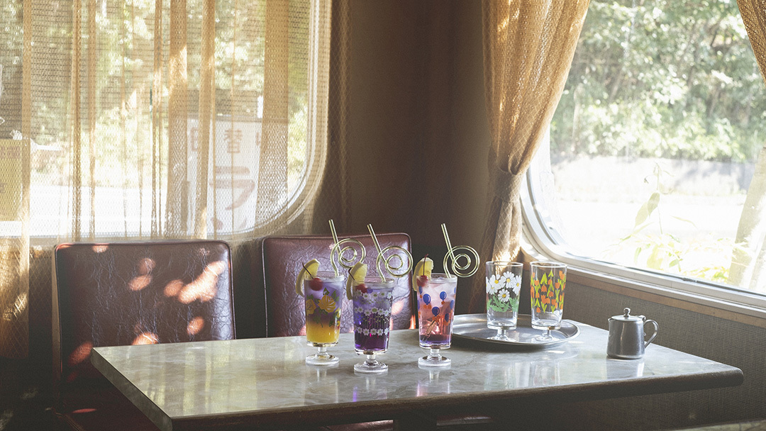 アデリアレトロの新商品 脚付きグラス