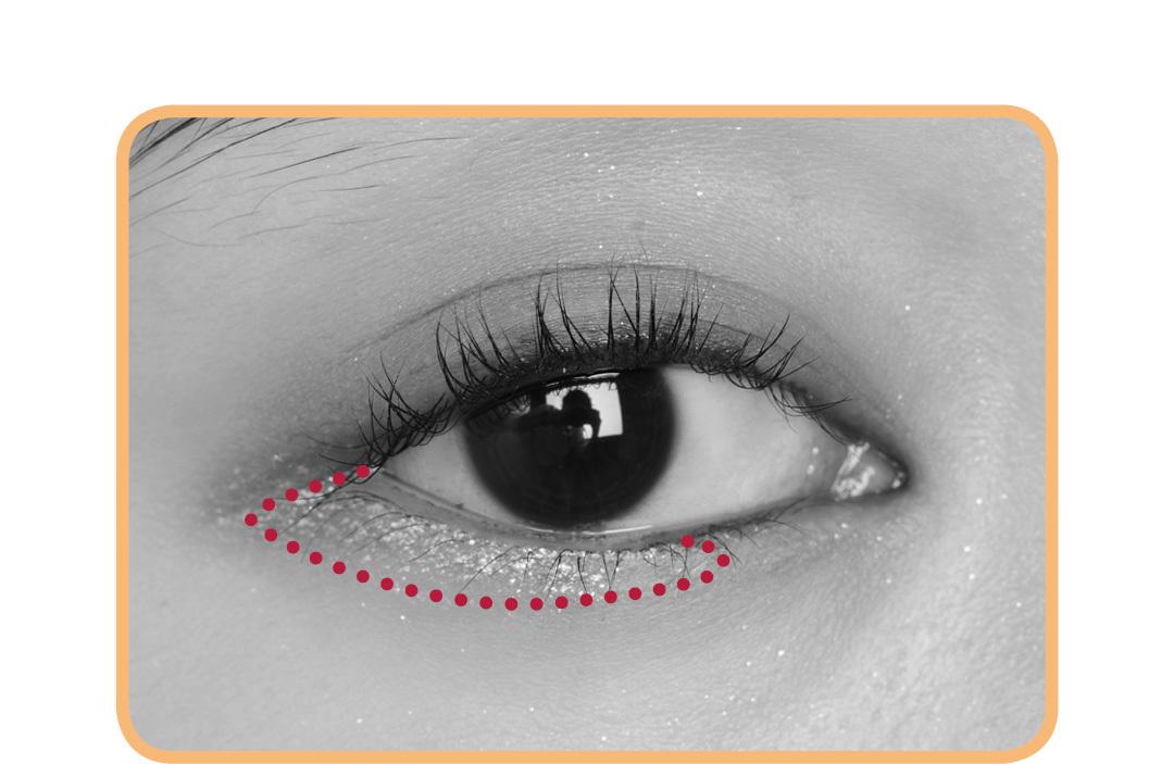 キラキラアイシャドウは、入れる場所で印象激変! 涙袋、目頭、目尻…5つのテクを伝授!_1_7-2