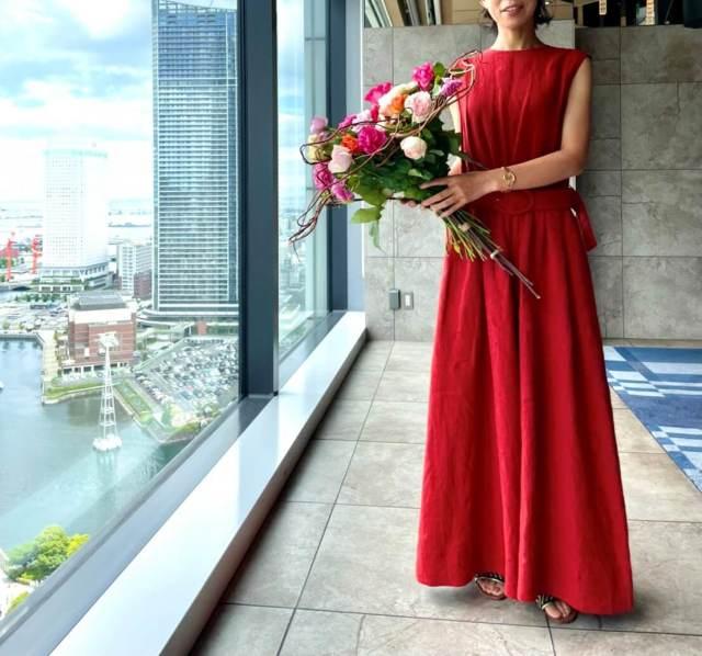この夏「ブリックレッド」のドレスは、オールインワンで決まり!!_1_1