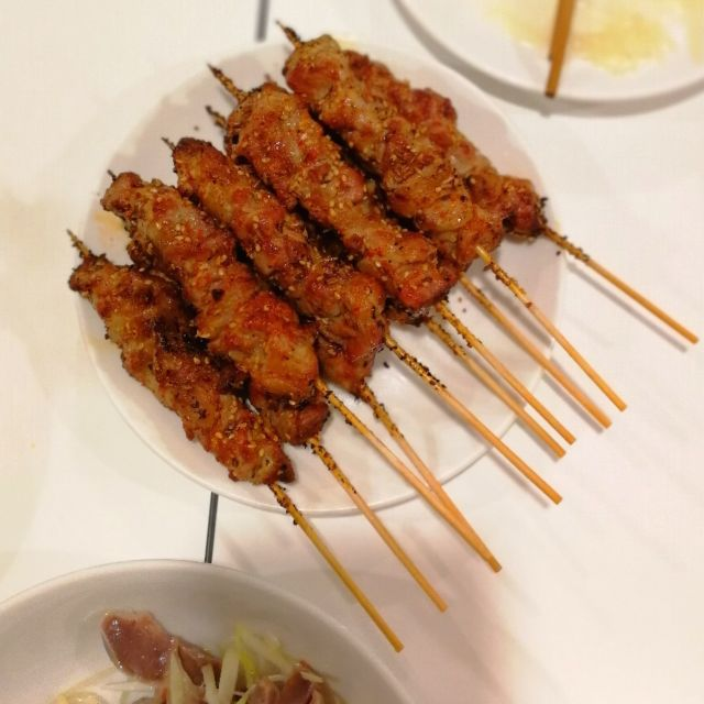 ラム肉の串焼き
