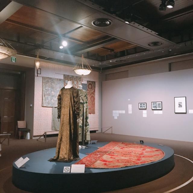 マリアノ・フォルチュニが織りなすデザイン展へ。_1_4