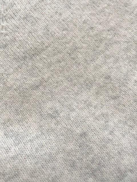 【 UNIQLO 】オートミールカラーのmen'sセーター_1_3
