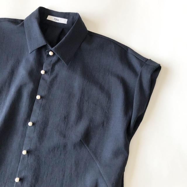 バールボタン シャツ