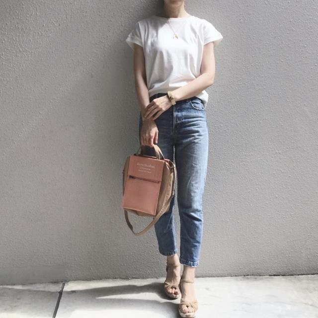 白Tシャツとデニムで過ごす夏のベーシックスタイル_1_1