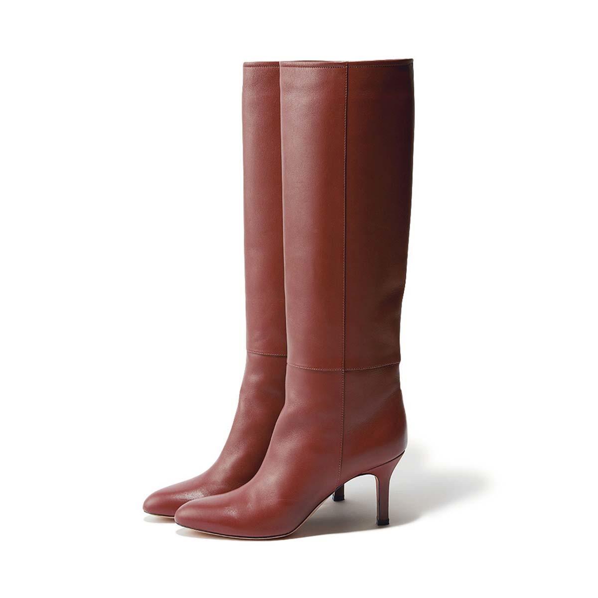 赤みブラウンのヒールロングブーツ