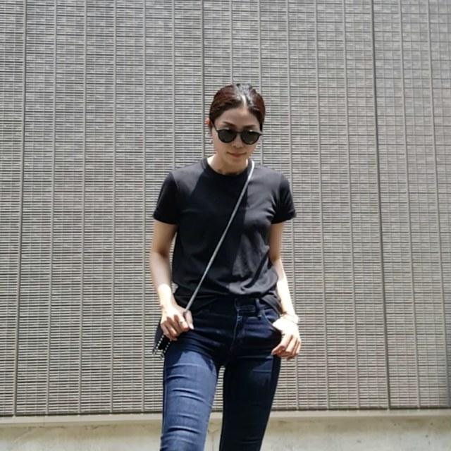 白もいいけど黒もいい!夏の黒Tシャツ着回しコーデ_1_4