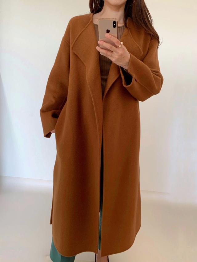 今年のコートはゆったりフォルムで_1_3